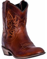 short moto boots short cowgirl boots ankle boots u0026 booties sheplers