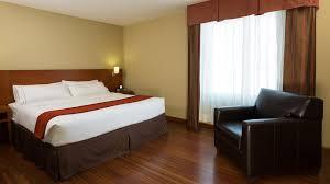 king bed suite hotel holiday inn express de quebec king bed suite