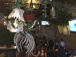 Best Antique Shops Los Angeles Best Themed Restaurant Jurassic Restaurant Food And Drink