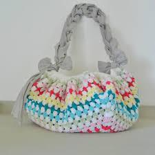 tapis boule feutre tuto tapis pompon case à co tuto sac de plage minute le tapis