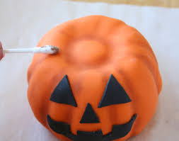 Halloween Bundt Cake Decorations by Mini Bundt Cake Pumpkins