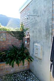 Outdoor Shower Ideas by 194 Best Outdoor Showers Images On Pinterest