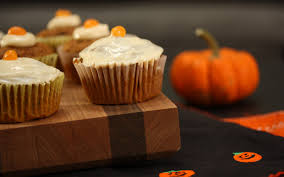 a healthy halloween pumpkin cupcake