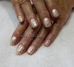 shellac in salmon run u0026 lecenté coral iridescent glitter nails