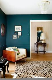 Bold Living Room Colors | how to use bold paint colors in your living room