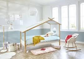 comment peindre sa chambre peindre une chambre peinture chambre mansardee meilleures collection