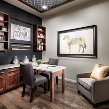 transitional small home office with gray accent wall