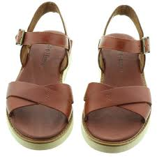 timberland ladies bailey park sandal in brown in brown