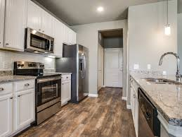 Luxury Homes In Frisco Tx by Frisco Townhomes U0026 Apartments For Rent The Commons Of Chapel Creek