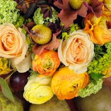 wedding flowers fall ideas for inexpensive wedding flowers and centerpieces