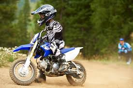 dirt bikes motocross 2013 yamaha tt r50e 3 speed automatic dirt bike for kids