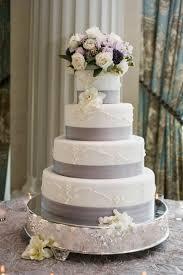 cakes desserts photos elegant wedding cake with lavender