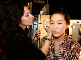how to become a professional makeup artist online make up artist
