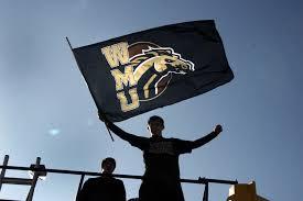 Bronco Flag Fan U0027s Guide To Western Michigan Football Home Opener Against Idaho