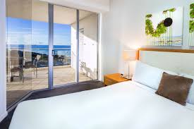 one bedroom ocean view apartment accommodations the sebel