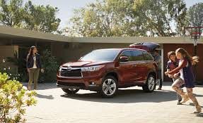 suv toyota 2015 2015 dodge durango vs 2015 toyota highlander comparison review by