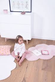 tapis chambre bebe tapis nuage pastel pour chambre inspirations avec tapis chambre