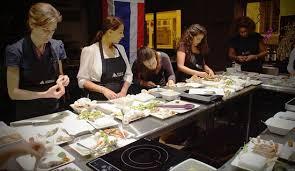 la maison de la cuisine la sympathique équipe des ateliers de cuisine ท มงานกระต อร อร น