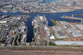 port of hamburg first fully automatic reefer container