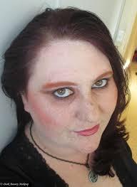 halloween dark beauty makeup