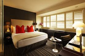 Small Bedroom Decorating Ideas 2015 Amazing Of Small Master Bedroom Design Master Bedroom Decorating