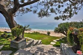 trulia malibu you can rent shaun white s malibu house celebrity trulia blog