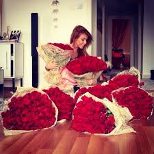 big bouquet of roses 22 awesome big bouquets tyasjenitri