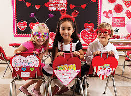 Ideas To Decorate For Valentine S Day by Valentine U0027s Day Class Party Ideas For Kids Party City