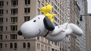 thanksgiving parade tv schedule mariah carey sesame street and more to perform in macy u0027s