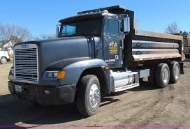 1990 freightliner fld dump truck item ae9016 sold march