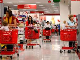 target extends shopping hours to open earlier on