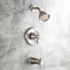 Moen Bathroom Shower Faucets by Moen T2113 Kingsley Chrome One Handle Tub U0026 Shower Faucets