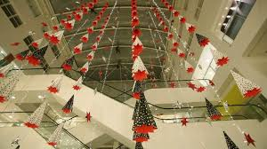 Christmas Decorations Oxford Street - first signs of christmas appear on oxford street london itv news