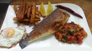 cuisiner le mulet cuisine tunisienne la recette du complet poisson plats