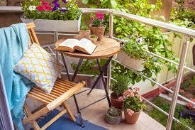 kleine balkone gestaltungsideen für kleine balkone ratgeber giomoebel ch