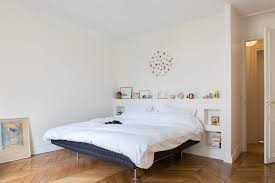 idee deco chambres chambre blanche et noir mh home design may blanc bois poudre