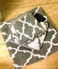 Cynthia Rowley Bathroom The Basics Good Cheap Bath Towels From Ebay Apartment Therapy
