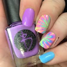 diy how to make an easy water marble nail art for the summer