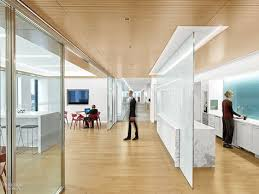 steelcase invente l open space de demain avec worklife capital fr nike ups its cred in nyc with a office by studios