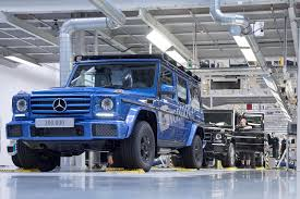 mercedes benz g class mercedes benz builds 300 000th g class automobile magazine