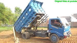 truck toyota 2016 toyota dyna 130ht dump trucks dumping dirt youtube