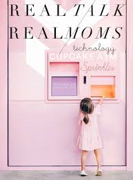 the real story behind thanksgiving real talk with real moms technology the effortless chic
