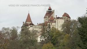 tourists flock to u0027dracula u0027s u0027 castle over halloween youtube