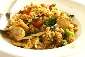cuisine thailandaise recette poêlée thaï au poulet recettes de cuisine thaïlandaise