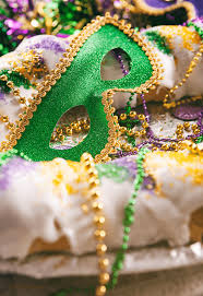 king cake for mardi gras authentic king cake for mardi gras girl raised in the south