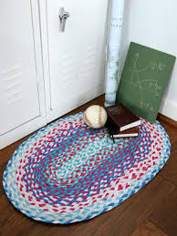 How To Make A Large Rug Coffee Tables Braided Rag Rug Tutorial Made From Old T Shirts