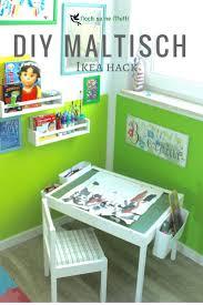 ikea hacks kinderzimmer diy maltisch im kinderzimmer malecke nach montessori ikea hack