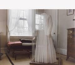 emily dickinson u0027s white dress the homestead 1989 mount holyoke
