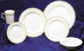 plates for wedding plastic plate masterpiece pattern plastic plates wedding