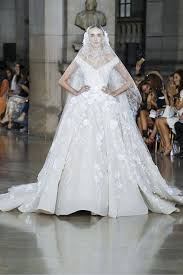 10 beautiful wedding dresses from paris haute couture fashion week